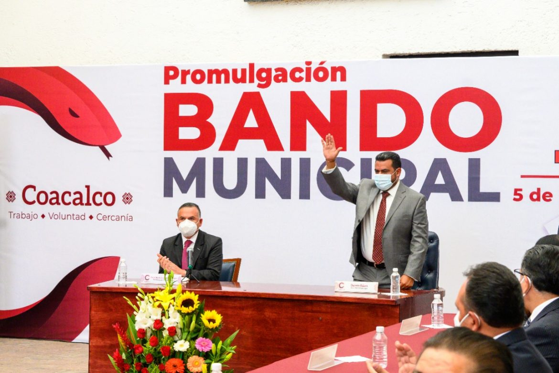 CON UNA VISIÓN INCLUYENTE, DARWIN ESLAVA PROMULGÓ EL BANDO MUNICIPAL 2021